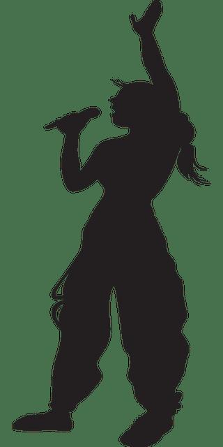 singing 311578 640 - אם אני שר טוב קריוקי: שווה ללכת לפיתוח קול?