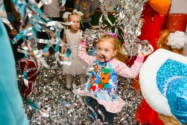 photo of girl having fun in birthday party 2399097 1 1 - קריוקי לילדים - מסיבה בבית, אוטובוס קריוקי או חדר קריוקי